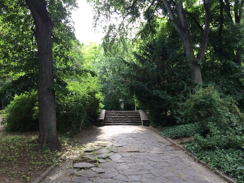 Steps at the lower level of the Alyosha Monument; so inviting!