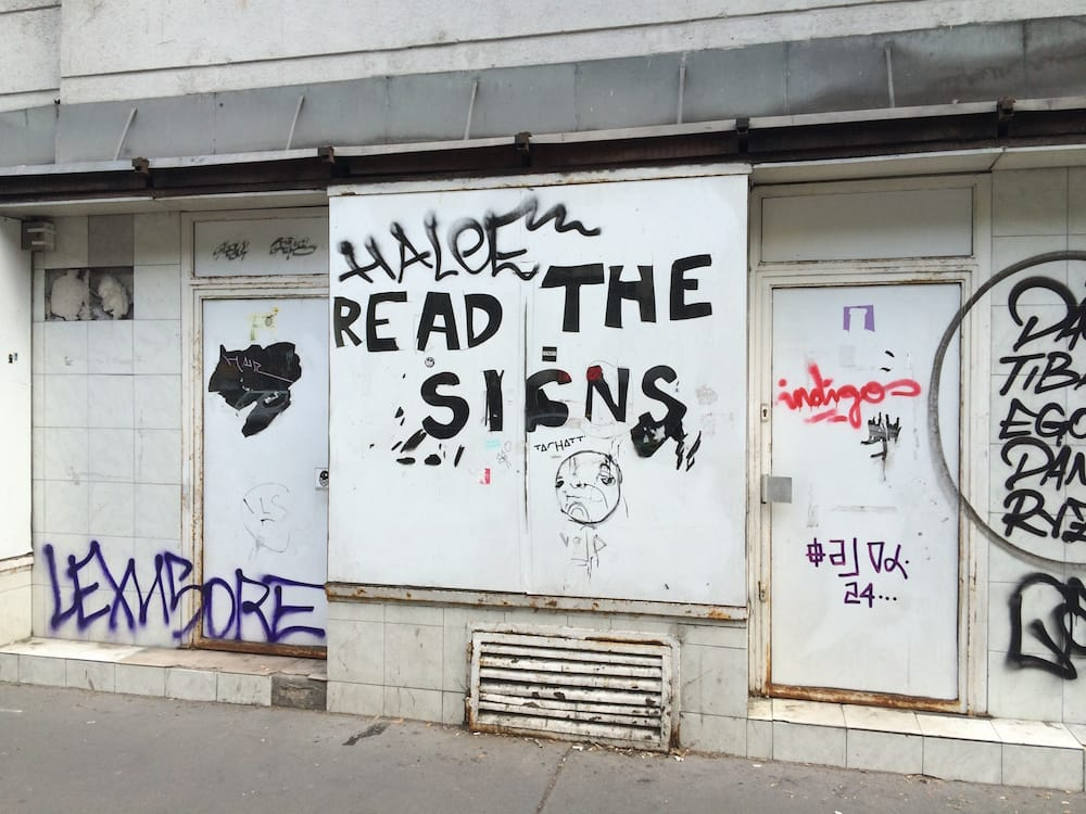 Read the signs, in Budapest