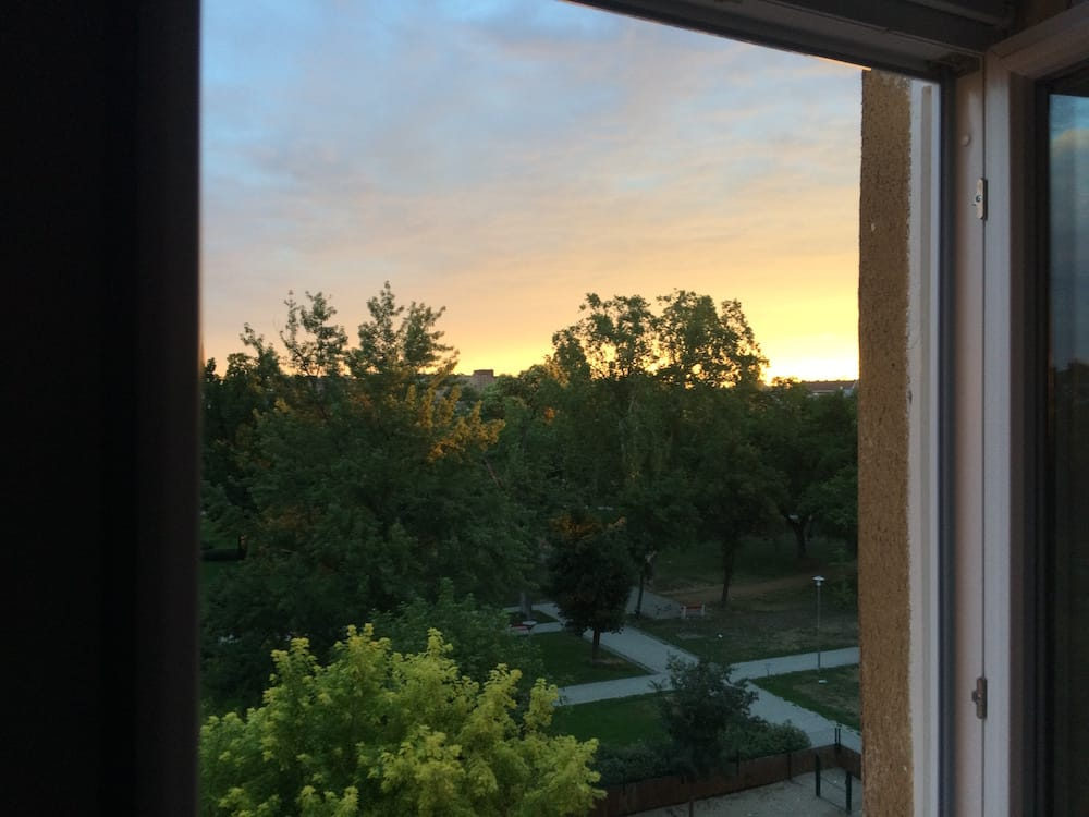 Sunrise makes working early pretty darn bearable