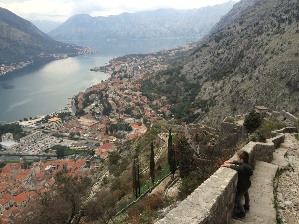 A great lookout point 3/4 of the way up the mountain, there's Kotor, everpresent