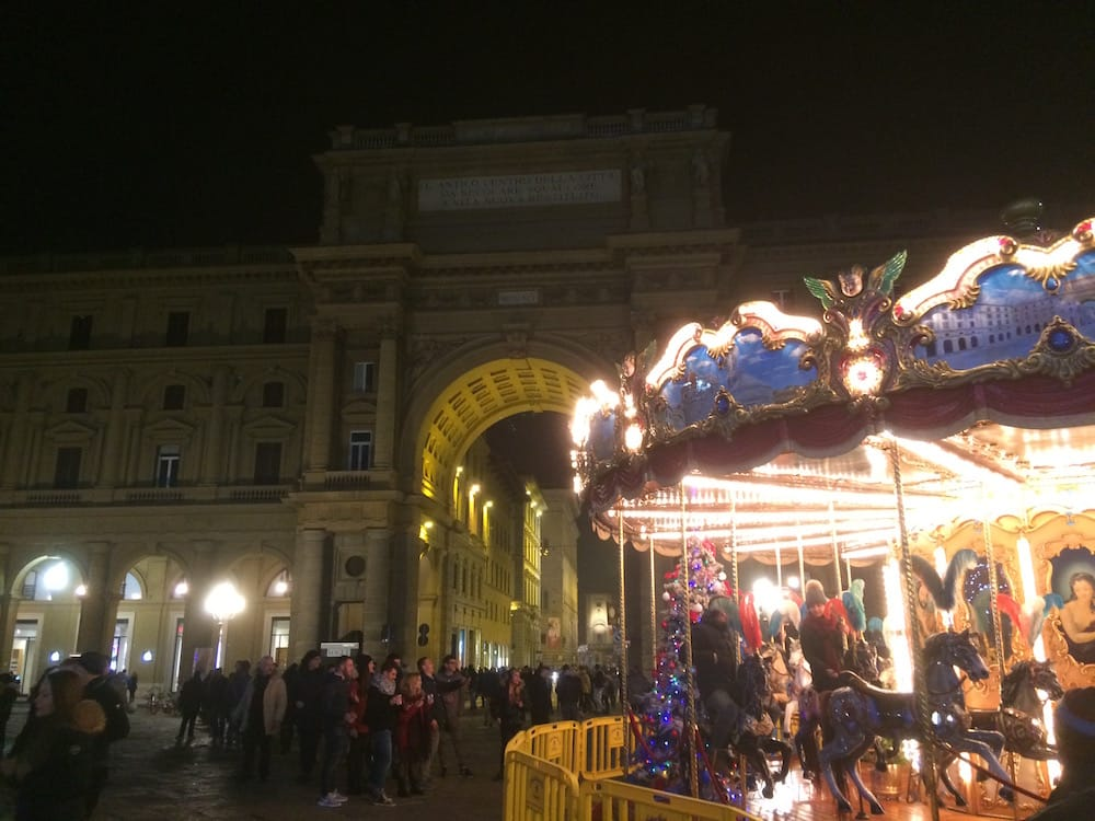 There was a ferris wheel en the Piazza della Republica on this cold New Year's Eve
