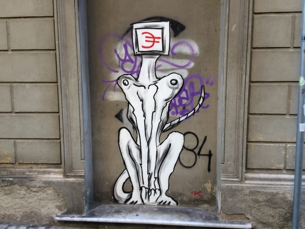 Cool street art in Pisa, what mythical beast is this!?