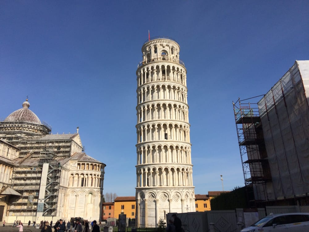 Ah the leaning tower, how many photos have been taken of this?