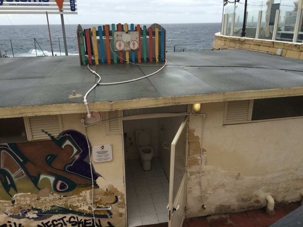 What would a blog named after a toilet be without a shot of a toilet in Malta?