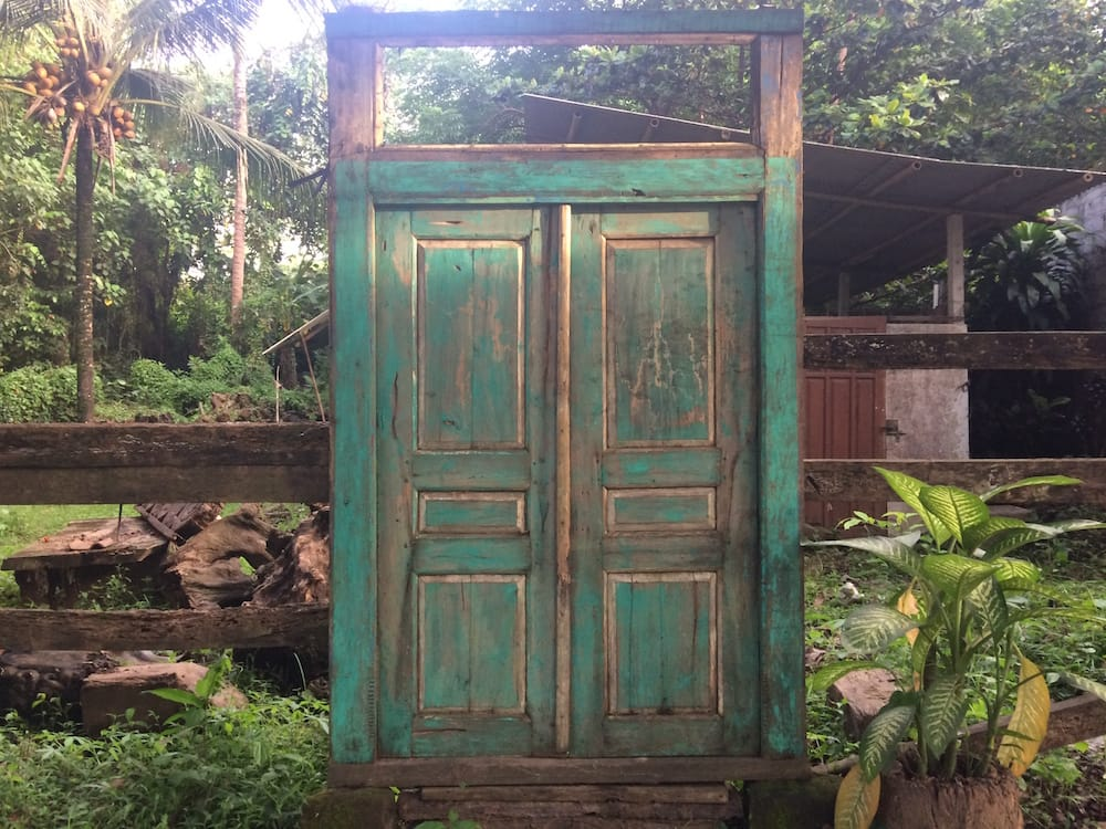 A sweet door with no building, on our way to the Nyepi festival of statues